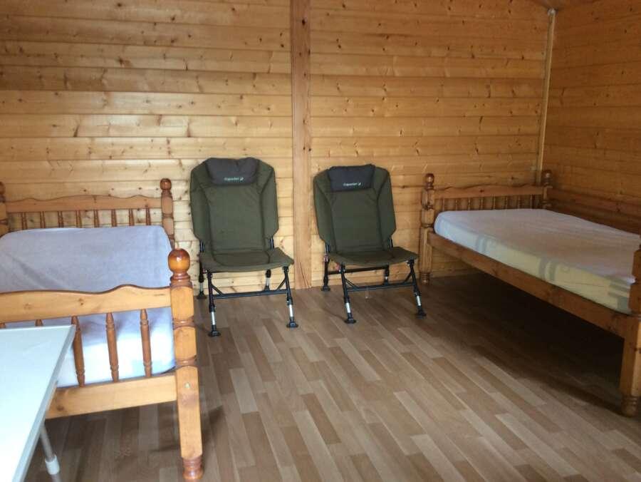 Cabin Etang de Brigueuil High Mill Lake p 11 1566