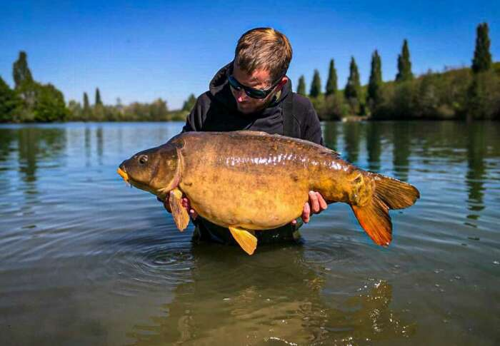Book your carp fishing holidays with peace of mind