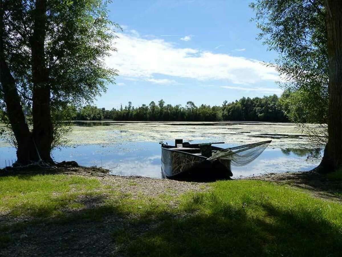 Robin20 Lake20 Goncourt 5dc53d6e