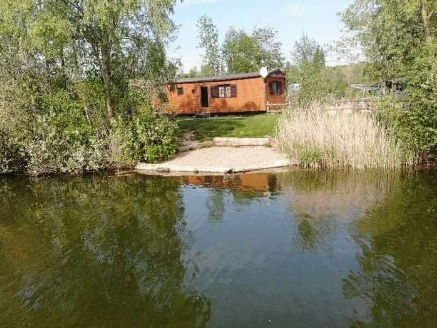 Carp fishing with accommodation